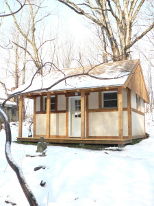 solo retreat- silent retreat-hermitage retreat- meditation retreat- meditation center- private retreat- Hermitage winter vertical